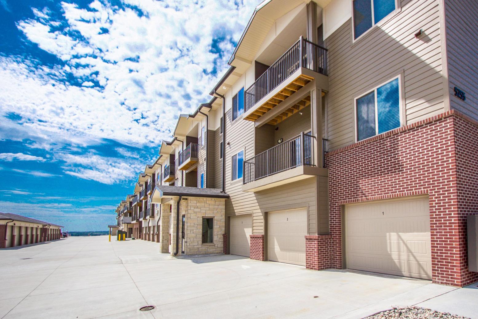 HiPark Apartments Garages